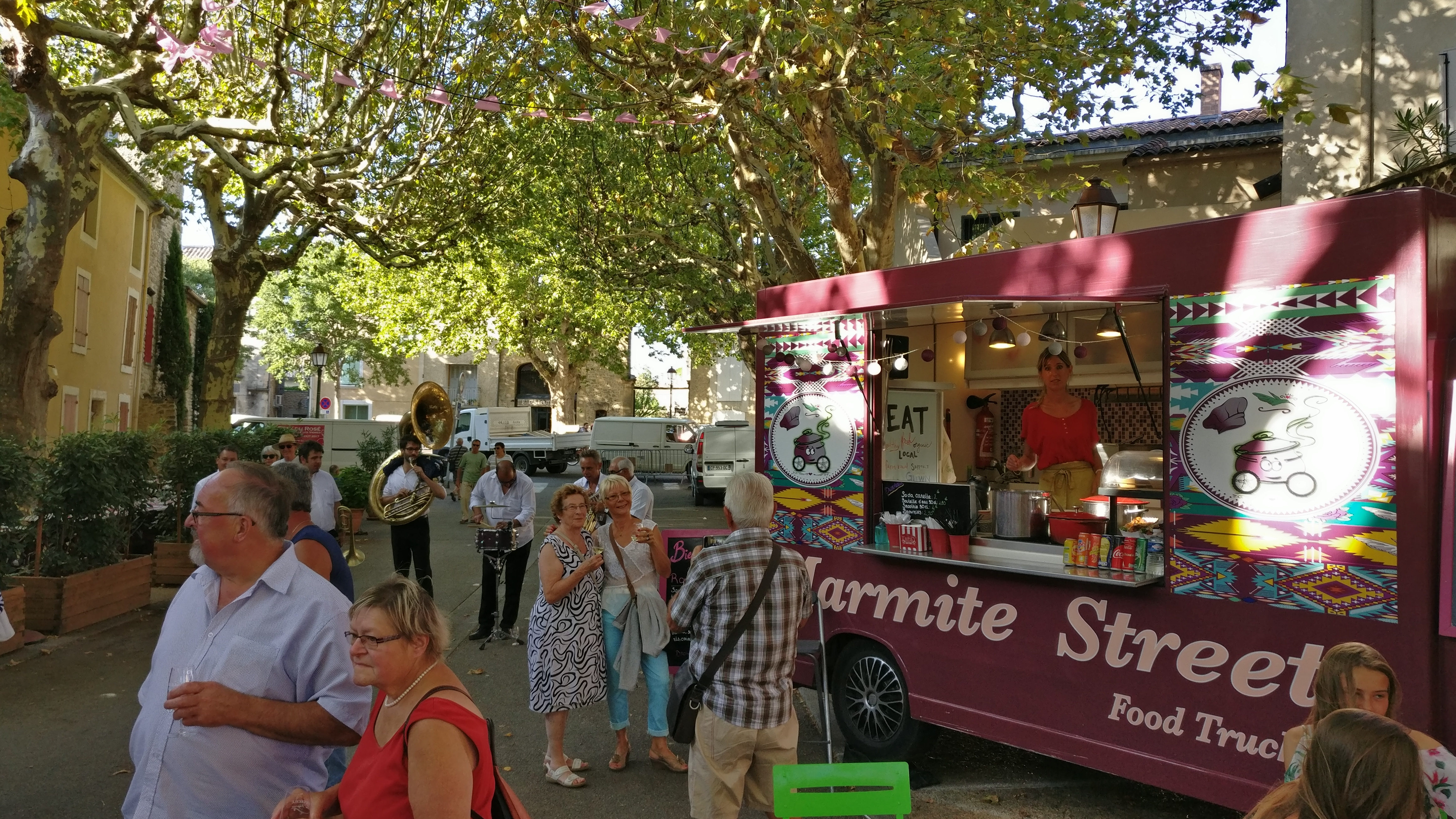 food-truck-festival-st-cecile